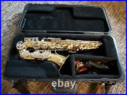 1960'S EVETTE ALTO SAXOPHONE MADE IN ITALY 23408 With SELMER CASE