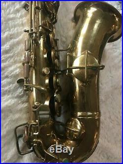 CG Conn New Wonder II Chu Berry Alto Saxophone Low pitch in original Hard Case