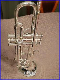 Getzen Eterna 700 Bb Trumpet (Semi-Professional)