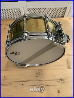 PEARL FREE FLOATING 14 X 6.5 BRASS SNARE DRUM Rare