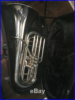 Silver Yamaha YBB-621 3/4 BBb 4 Valved Tuba