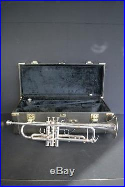 Yamaha Xeno Trumpet with Case | Brass Musical Instruments